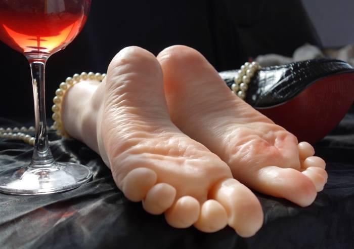 Feet/Toes