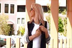 Tara fingering in public