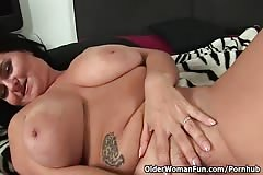 Moms with natural big tits collection